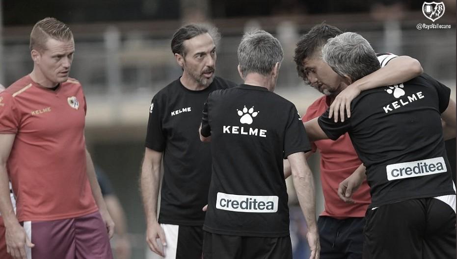 Velázquez sufre una lesión que le retira momentáneamente de los terrenos de juego