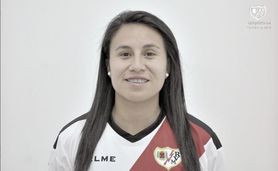 Camila Sáez renueva un año más con el Rayo Femenino