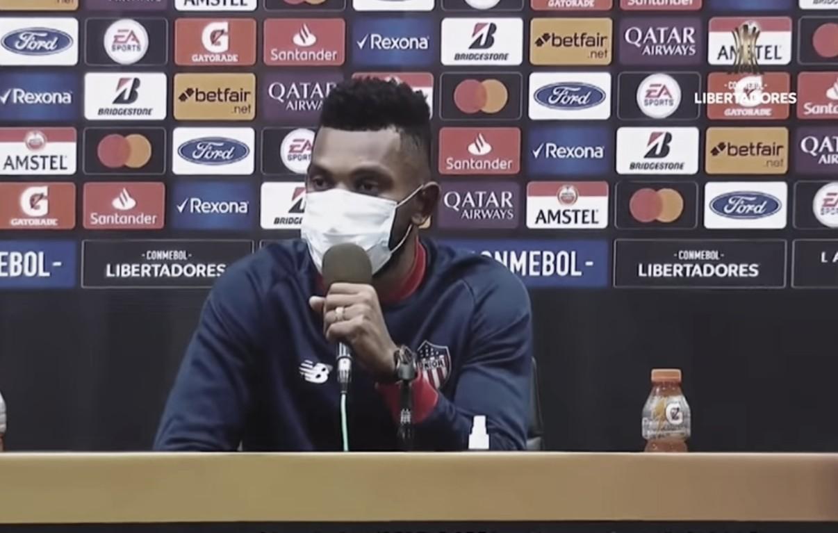 """Miguel Borja: """"En el primer gol de River hubo una falta previa, ahí sacaron la diferencia"""""""