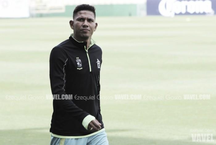 """Alex Mejía: """"No podemos dar ventajas ante Chivas"""""""