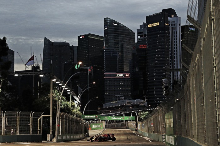 Singapore GP: Verstappen fastest in interesting FP1