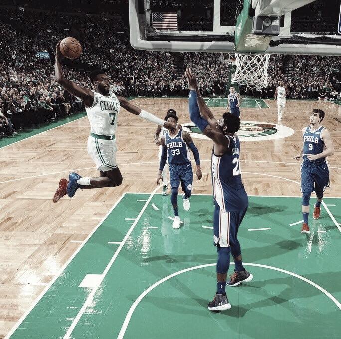 Celtics dan golpe de autoridad en victoria sobre los Sixers