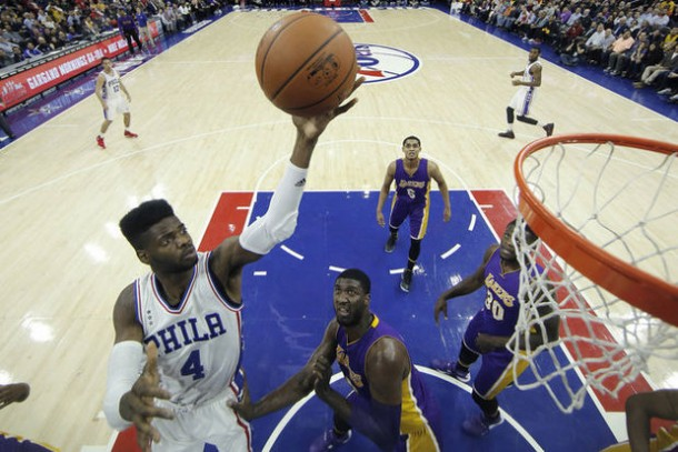 Philadelphia 76ers Spoil Kobe Bryant's Final Homecoming With Their First Victory This Season