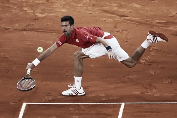 Novak Djokovic supera Raonic em sets diretos e vai à semifinal em Madri