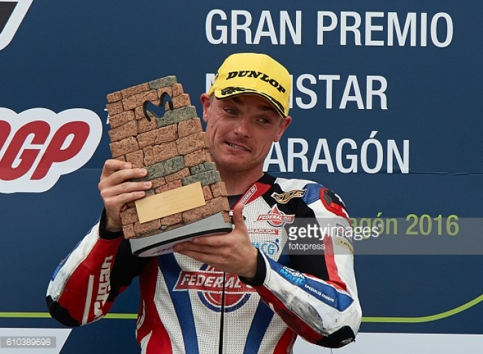 Faultless ride from Lowes sees the Brit win the Moto2 in Aragon