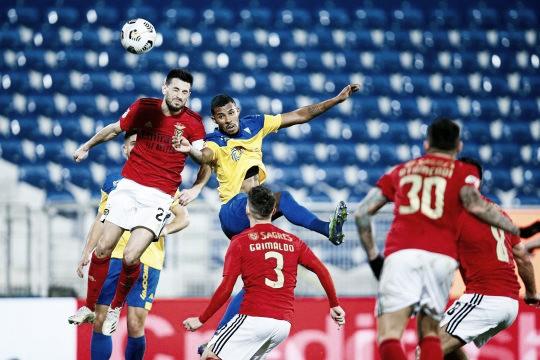 El Benfica con pie y medio en la final