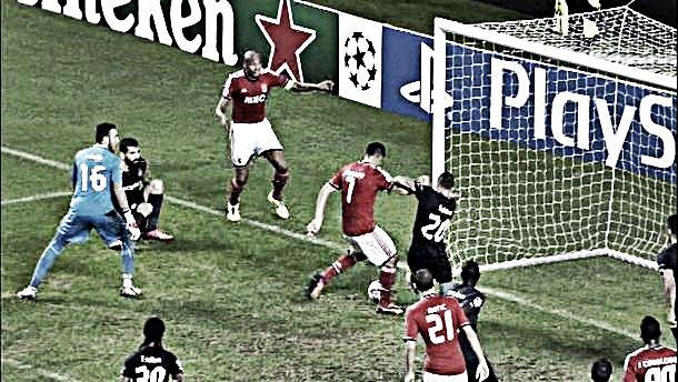Benfica hipoteca continuidade na 'Champions'