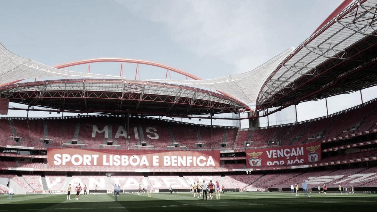 Benfica recebe Tondela em busca de retomar liderança do Português
