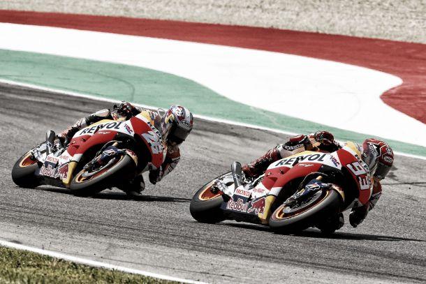 """MotoGP, altra gara difficile per Honda. Márquez: """"Un peccato la caduta"""", Pedrosa: """"Il braccio sta migliorando"""""""