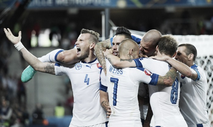 Russia 1-2 Slovakia: Slovakia keep their dreams of reaching the knockout rounds alive