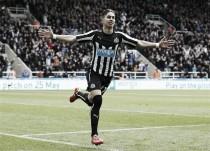Ayoze Pérez renueva con el Newcastle hasta 2021