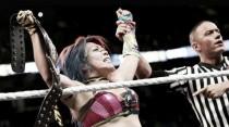 Asuka continúa su reinado de récord