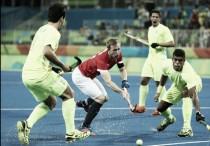 Brasil perde, mas tem dia inesquecível ao marcar seu primeiro gol na história do Hóquei olímpico