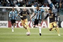 Grêmio perde em casa para Rosario Central e se complica nas oitavas da Libertadores