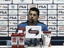 """Claudinei destaca méritos do Avaí na vitória sobre Chapecoense: """"Resultado justo"""""""