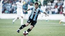 Gastón Fernández sofre lesão na coxa e desfalca Grêmio por dez dias
