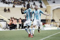 """Denilson estreia no Avaí com gol diante do Criciúma e vibra: """"A gente trabalha para isso"""""""