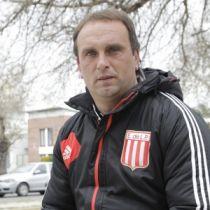 Leo Scuadrone dejará su cargo como coordinador de inferiores