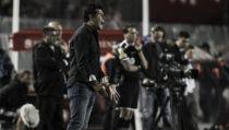 """Almirón: """"Se debería parar el torneo en fechas FIFA"""""""