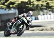 Superbike: Rea mette tutti in riga
