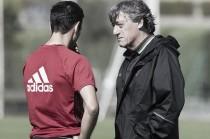 """Enrique Martín: """"Espero que el equipo vaya a por el partido y que, con el apoyo de la afición, lo saquemos adelante"""""""
