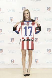 Nicole Reginer, presentada como nueva jugadora del Atlético de Madrid