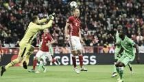 Bayern de Munique é mais eficiente e derrota PSV na Champions League