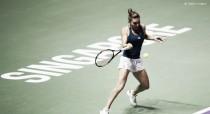 Simona Halep despacha Keys e abre o WTA Finals com grande exibição