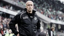 Michael Frontzeck resigns as Hannover coach