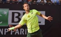 ATP Amburgo: in semifinale Cuevas e Klizan, out Kohlschreiber