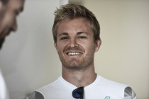 Nico Rosberg signs Mercedes contract extension