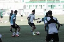 El Betis prepara su duelo ante el Deportivo de la Coruña