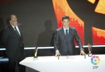 رئيس الليغا يشير الى عدم رضاه عن فوز رونالدو بجائزة افضل لاعب