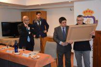 El Real Jaén entrega la Insignia de Oro a Francisco Reyes