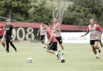 Sport retoma treinamentos e Daniel Paulista testa mudanças no time titular