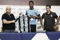 Grêmio apresenta zagueiro equatoriano Frickson Erazo, ex-Flamengo