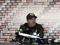 Miguel Herrera desmiente retiro de Yasser Corona