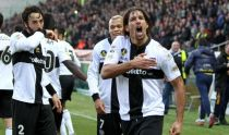 Il Livorno sfida il Parma al Picchi: in palio punti pesanti per la salvezza