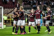 El Milan se levanta tras perder el derbi y se mantiene en la lucha