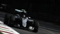 Rosberg y Hamilton se dividieron el viernes