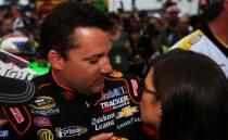 NASCAR : Saison quasi terminée pour Stewart