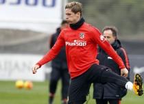 Torres apunta a la titularidad y Simeone duda entre Carrasco y Óliver