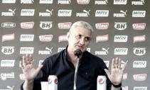 Atlético-MG nega proposta por Jadson; Fernando Gago pode estar na mira do clube