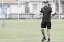 """Enrique Martín: """"Hay que valorar positivamente al equipo"""""""