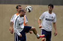 Verso Palermo - Inter, Mazzarri osserva Kovacic e Nagatomo