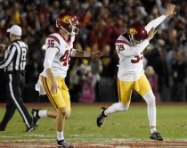 Sam Darnold throws Rose Bowl record five touchdowns in #9 USC Trojans's astonishing 52-49 win over #5 Penn State Nittany Lions