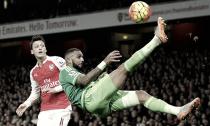 Yann M'Vila le da la espalda al Sunderland
