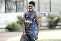 Grande promessa vascaína, Evander tem sua versatilidade testada por Cristóvão Borges