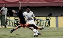 """Osvaldo fica satisfeito com atuação e minimiza: """"Uma derrota como essa não atrapalha"""""""