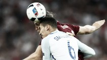 Forgettable last five minutes for England, Russia still unconvincing